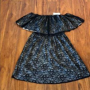 alice + olivia black mini dress/ size: small/NWT